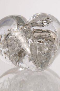 Vitt/transparent hjärtformat konstglas
